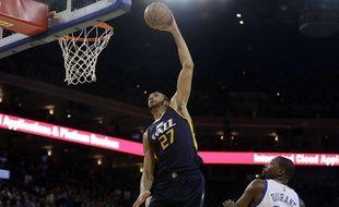 Rudy Gobert face à Kevin Durant, le pivot français du Jazz d'Utah fait partie des plus grosses progressions de la saison en NBA.