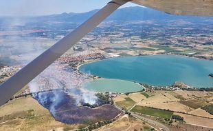 Prise de vue du feu sur la commune de Villeneuve-de-la-Raho