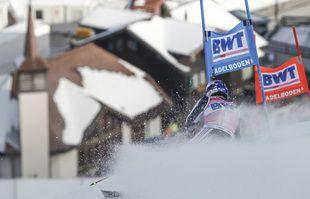 Le Français Alexis Pinturault dans le slalom géant masculin d'Adelboden, en Suisse, le 9 janvier 2021.