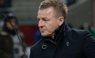 Olivier Guégan, alors entraîneur du Stade de Reims en L1 en 2016.