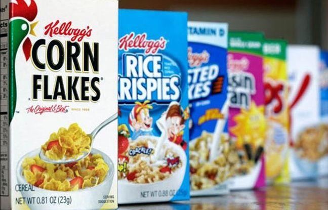 Des céréales Kellogg's dans un rayon de supermarché.