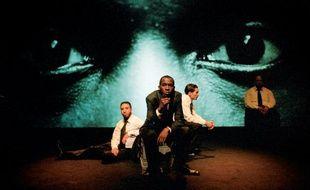 """""""Illumination(s)"""", du 6 au 28 juillet au Festival d'Avignon, au Théâtre des Halles.Texte et mise en scène: Ahmed Madani."""