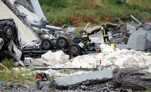 Au moins 22 personnes sont mortes dans l'effondrement d'une portion de viaduc de l'autoroute A10 mardi 14 août, à Gênes.