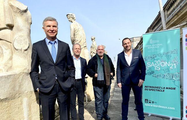 Le directeur du CHU de Bordeaux Yann Bubien (au premier plan) et le directeur de l'Opéra de Bordeaux Mark Minkowski (au centre), ont signé une convention pour rapprocher les deux établissements