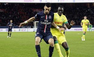 Le Parisien Pastore face au Nantais Gomis, lors du match aller en décembre dernier.   Credit:J.E.E/SIPA/1412071938