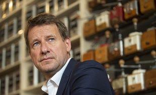 Yannick Jadot accusé de manipulation après la diffusion d'une vidéo au Parlement européen.