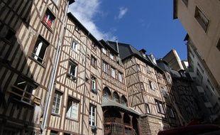 Illustration du centre historique de Rennes et ses maisons à pans d bois.