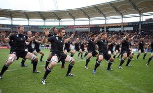 Les All Blacks sur la pelouse du Stadium de Toulouse lors de la Coupe du monde 2007.