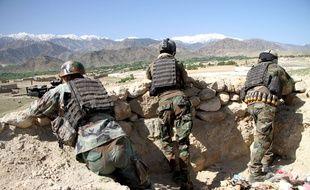 Illustration. Des soldats de l'armée afghane sont déployés dans le district d'Achin, une partie de la province de Nangarhar qui est aussi un bastion de l'organisation djihadiste Etat islamique.