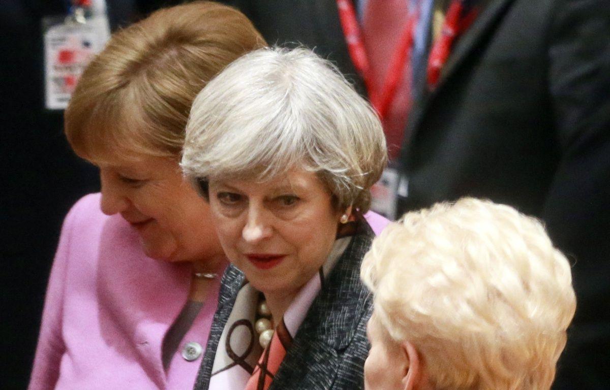 Angela Merkel et Theresa May à Bruxelles, le 9 mars 2017.   – OLIVIER HOSLET / POOL / AFP