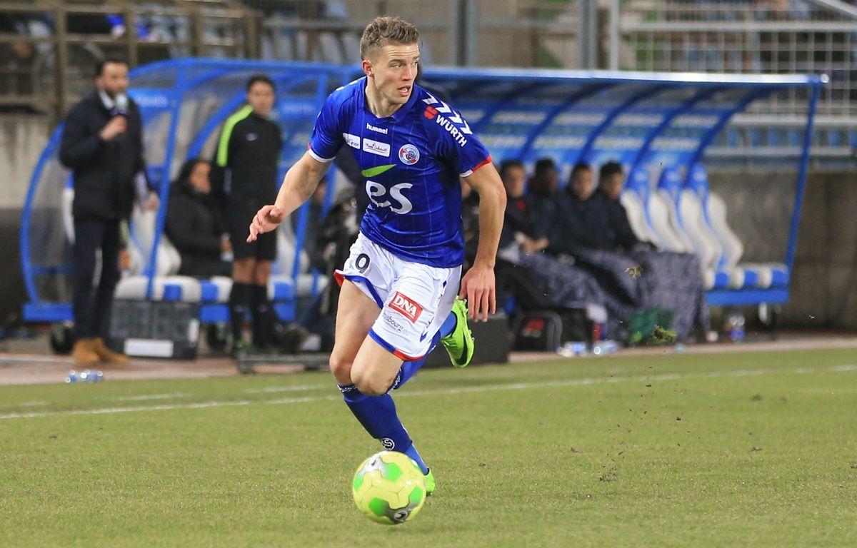 Baptiste Guillaume pourtant agacé quelques instants avant, a marqué le premier but du Racing à Auxerre. – G. Varela / 20 Minutes.