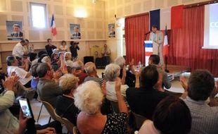 Des ceps à perte de vue, sur lesquels souffle un vent de colère. Gallician, bourg de 700 âmes en Petite Camargue, a fait du 1er tour de la présidentielle un plébiscite pour Marine Le Pen. Gilbert Collard, candidat du FN aux législatives, y mène campagne en voisin.