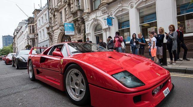 Une rarissime Ferrari F40 part en fumée dans la principauté de Monaco