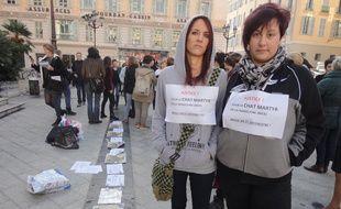 Des associations se sont réunies devant le palais de justice de Nice