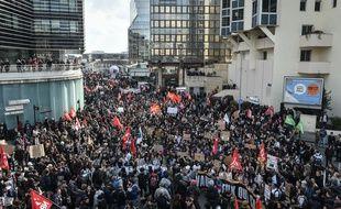 Des manifestants contre la réforme portée par la ministre du Travail El Khomri, le 17 mars 2016 à Bordeaux.