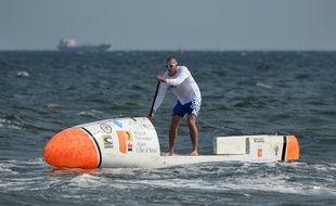 Le prototype de Nicolas Jarossay pour sa transatlantique en paddle, en mars 2016