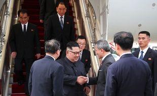 Kim Jong-un lors de son arrivée à Singapour, le 10 juin.
