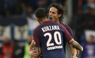 Cavani et Kurzawa/ AFP PHOTO / Valery HACHE
