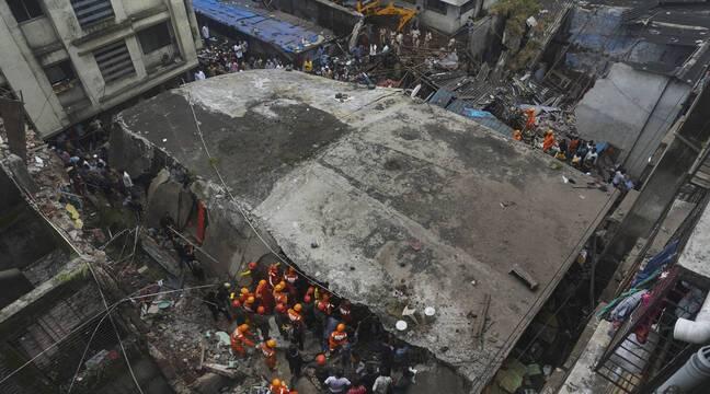 L'effondrement d'un immeuble résidentiel fait au moins 20 morts en Inde
