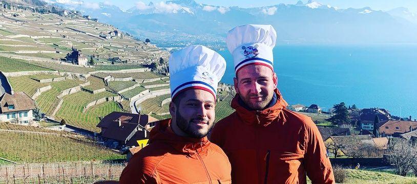 Clément Gonnet et Franck Ferrari devant le lac Léman, côté suisse