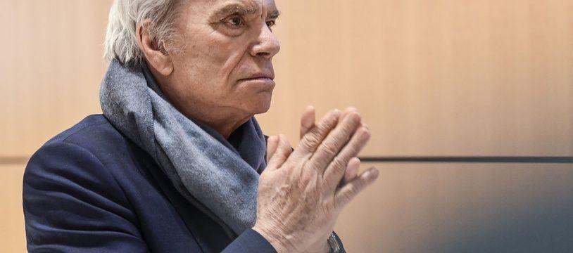 """Jugé pour """"escroquerie"""" et """"détournement de fonds publics"""" dans l'affaire de l'arbitrage qui lui avait octroyé 403 millions d'euros, Bernard Tapie sera fixé sur son sort le 9 juillet prochain."""