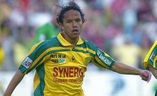 L'attaquant du FC Nantes, Marama Vahirua, lors de son but contre Saint-Etienne le 12 mai 2001.