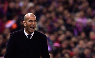 Zidane entre l'Atlético et le Real le 19 novembre 2016.