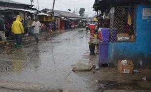 Des heurts ont éclaté dans le district de West Point à Monrovia au Liberia, placé en quarantaine en raison de l'épidémie d'Ebola.