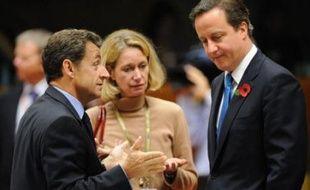 """Les chefs d'Etat et de gouvernement de l'Union européenne sont """"conscients de la gravité de la situation"""" budgétaire et ont tranché face aux """"réserves"""" du président de la Banque centrale européenne Jean-Claude Trichet, a estimé vendredi le président français Nicolas Sarkozy."""