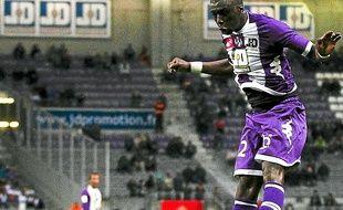 Le Sénégalais est en balance avec Aurier pour débuter samedi, contre Nice.