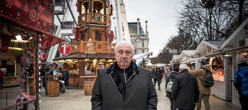 Marcel Campion, dans son marché de Noël du jardin des Tuileries (1er arrondissement)