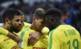 Emiliano Sala, ici félicité par Abdoulaye Touré, a encore été déterminant ce dimanche pour le FC Nantes.
