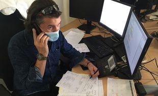 A la cellule d'urgence médico-psychologique du CHU de Toulouse, le docteur Nicolas de Schryver prend en charge la détresse psychologique due à la crise sanitaire.
