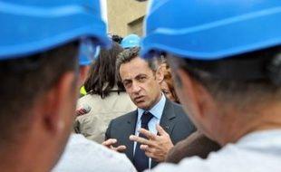 Loin de l'euphorie de ses débuts au pouvoir, Nicolas Sarkozy a fêté dans la discrétion mardi en France le premier anniversaire de son élection à la présidence dans un climat de désenchantement général et plombé par une impopularité record.
