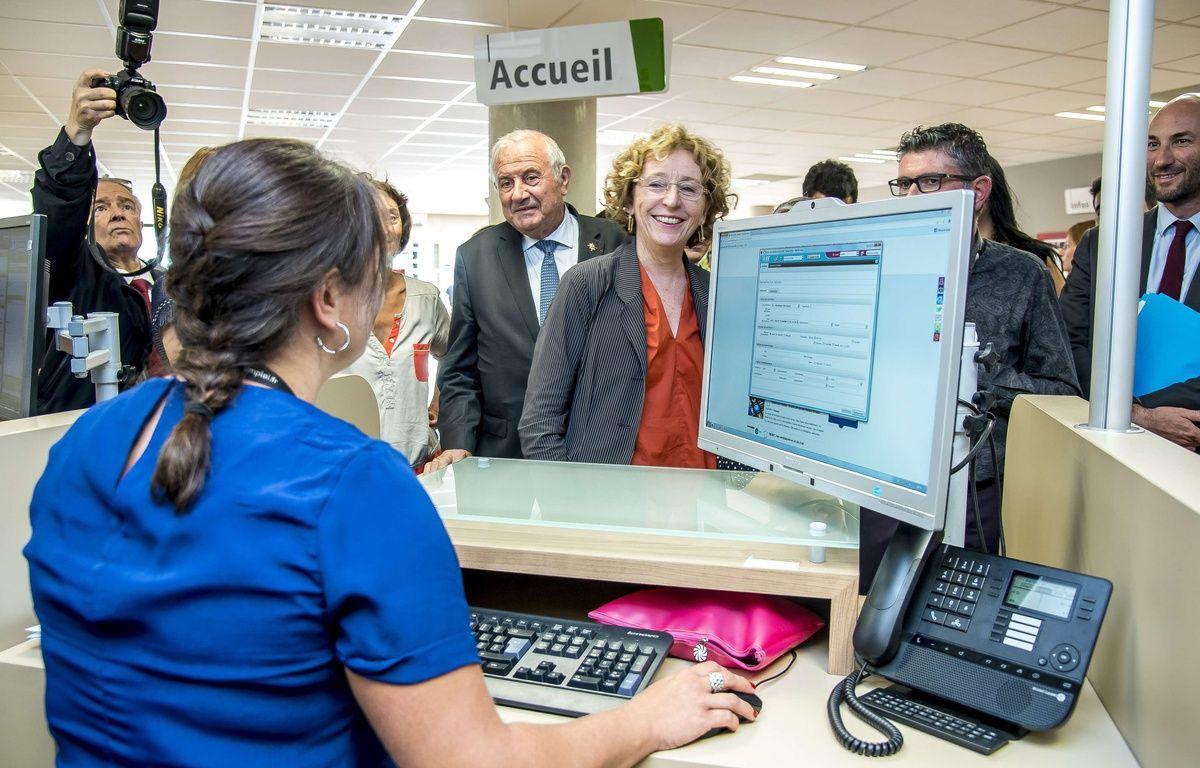 La ministre du Travail Muriel Pénicaud dans une agence Pôle Emploi de Lyon, le 4 août 2017.  – Bony/SIPA
