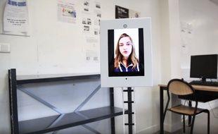Le robot Ubbo permet d'assister à un cours à distance