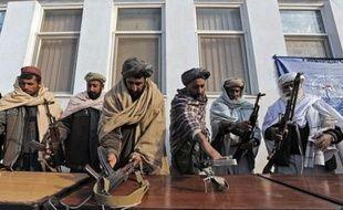 """""""Le jihad ne s'arrêtera pas"""", ont affirmé jeudi les talibans, tout en reconnaissant une """"intensification des efforts politiques"""" avec la communauté internationale afin de mettre un terme au conflit qui ensanglante l'Afghanistan depuis plus de dix ans."""