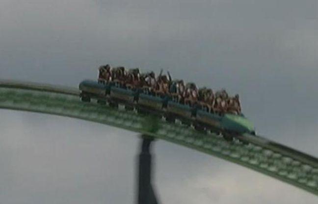 Capture d'écran d'un reportage de NBC sur un jeune garçon heurté par un oiseau sur les montagnes russes.