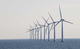 Une ferme éolienne au large (illustration)