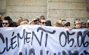 Rassemblement en hommage à Clément Méric mort des suites d'une agression la veille rue Caumartin, le 6 juin 2013.