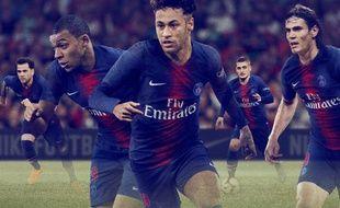 Neymar, Cavani et Mbappé présentent le nouveau maillot du PSG pour la saison 2018-2019.