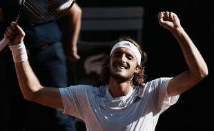 Stefanos Tsitsipas a battu Alexander Zverev en demi-finale de Roland-Garros, le 11 juin 2021.