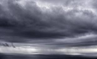 """L'Aude, l'Hérault et les Pyrénées-Orientales ont été placées en vigilance orange """"orages et pluie-inondation"""" jusqu'à mardi matin"""