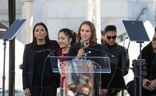 Natalie Portman à la Marche des femmes organisée à Los Angeles le 20 janvier 2018.