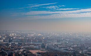 A compter de samedi, la circulation différenciée sera renforcée à Lyon en raison de la persistance d'un épisode de pollution.