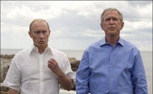 Le président russe Vladimir Poutine a proposé le 2 juillet de créer un système de défense antimissile élargi pour l'Europe et associant l'Otan. Une offre jusqu'ici refusée par son homologue américain George W. Bush.