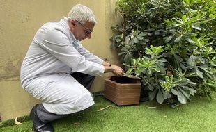 Le professeur Mounier du CHU l'Archet Nice est ravi du dispositif antimoutisque installé depuis l'été 2018