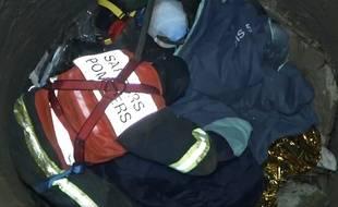 Les pompiers du GRIMP ont récupéré les deux hommes tombés dans le puits.