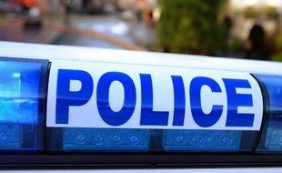 L'homme s'était emparé de l'arme à feu d'un gendarme, en intervention pour le maîtriser, et s'est tué d'un seul coup à la tempe.