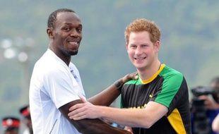 Le triple champion olympique et vedette du sprint mondial Usain Bolt, qui devait faire sa rentrée le 5 mai à la réunion de Kingston, va s'aligner samedi sur 4x100 m lors de la réunion des UTech Classics, à Kingston, a indiqué vendredi à l'AFP son entraîneur Glen Mills.